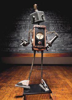 TOP 100 des Robots Steampunk | La Boutique Steampunk Robots Steampunk, Steampunk Mechanic, Robots Vintage, Junk Art, Illustrations, Whimsical, Sculptures, Creations, Clock