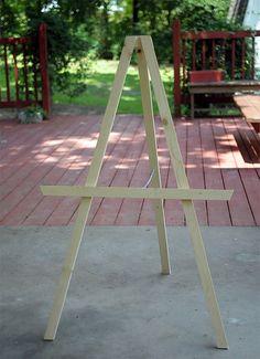 DIY Kids' Art Easel - Kaelah Bee by kbeeblog, via Flickr