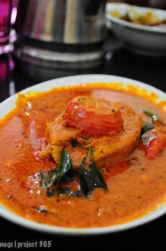 Adipoli* fish curry from a restaurant in Bharananganam, on our way to Vagamon.   *awesome