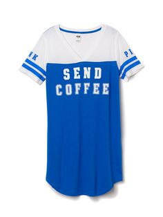 I need this sleep tee so y'all know when I get up let me have my Cafesito first Pink Outfits, Pretty Outfits, Cute Outfits, Primark Pyjamas, Vs Pajamas, Comfy Pajamas, Victoria's Secret, 2015 Fashion Trends, Crew Shirt