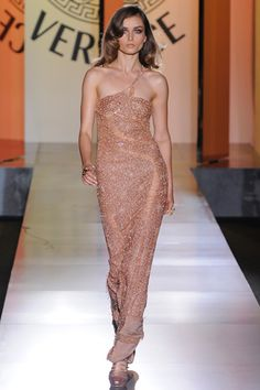 Atelier Versace Fall 2012 Couture Collection Slideshow on Style.com