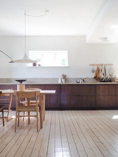 Bamboo is a fast-growing grass that's light and strong. The couple behind Oslo kitchen design firm Ask og Eng show its application in their own home. Bamboo Countertop, Kitchen Countertops, Kitchen Backsplash, Kitchen Cabinets, Kitchen Appliances, Custom Kitchens, Cool Kitchens, Ikea Kitchen, Kitchen Interior