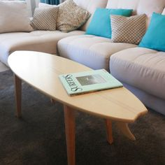 surfboard furniture. mesa de caf tabla surf madera muebles decoracin surfboard furniture