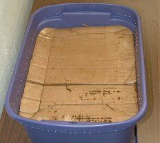 How To Build A Worm Bin the Cheap and Easy Way - I've made one this summer and LOVE it! I just have a dark plastic file folder tote with a wooden lid that sits inside. My worms love it!