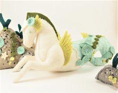 OOAK White and Green Seahorse - Green Algae - Felt Stuffed Animal, Mermaid Theme, Hippocampus, Soft Sculpture, Cute Pony Plush