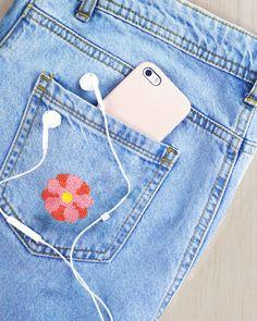 I samarbete med Majblomman har vi nu tagit fram ett gör-det-själv kit där du kan brodera årets blomma på valfritt plagg. Allt överskott går oavkortat till Majblomman och arbetet med att motverka barnfattigdom i Sverige. ❤️  Läs mer här 👉 folklorecomp.co/majblomman-stramalj #majblomman #korsstygn #embroidery #crossstitch #diy #embroidery #clothes #upcycle #upcycling #återbruk #sy #lappa Embroidery Kits, Cross Stitch Embroidery, Dmc Floss, Embroidery For Beginners, Cross Stitch Designs, Diy Kits, Tool Design, Folklore, Design Your Own