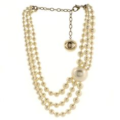 Faux Pearl Necklace, Strand Necklace, Pearl Jewelry, Gold Jewelry, Chanel Jewelry, Chanel Necklace, Chanel Model, Luxury Fashion, Item Number