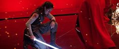Daisy Ridley behind the scenes of Star Wars: Episode VIII — The Last Jedi Star Wars Episode Iv, Episode Vii, Rey Star Wars, Star Wars Art, Star Trek, Daisy Ridley Star Wars, Kylo Ren And Rey, Film Archive, The Force Is Strong