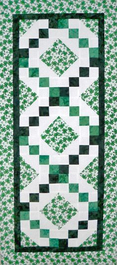 St. Patrick's Day Table Runner Patterns   Great table runner quilt pattern for St. Patrick's Day. AccuQuilt GO ...