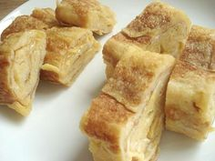 Tamagoyaki  (Japanese sweet omelette). I've always wanted to know how to make this. Guess what's for dinner!