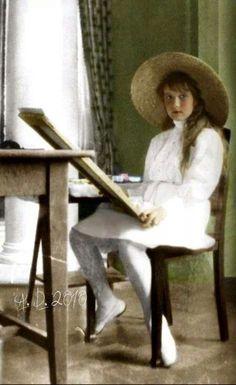 Grand Duchess Anastasia Nikolaevna Romanova of Russia (colourised).A♥W