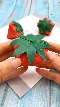Diy Crafts Hacks, Diy Crafts For Gifts, Creative Crafts, Diy Projects, Cool Paper Crafts, Paper Crafts Origami, Fun Crafts, Diys With Paper, Origami Gifts
