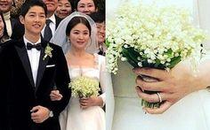 Cận cảnh cặp nhẫn cưới đầy tinh xảo của Song Joong Ki và Song Hye Kyo Song Hye Kyo, Song Joong Ki, Descendants, Songs, Couples, Wedding Dresses, Bride Dresses, Bridal Gowns, Weeding Dresses