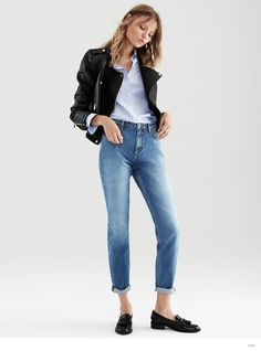 Here's a perfect example of my every day look for the fall! Easy to take off leather jacket on warmer days!