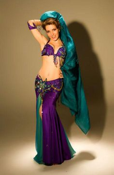 Beatiful bellydance costume in purple + green