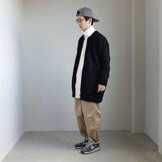 ノーカラーコートとタートルネックの組み合わせ。心地良いゆったりシルエットと。 . チャクラHP  mode homme style outfit menswear