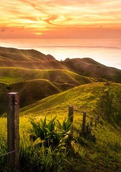 Batanes, Philippines - by Almer Frades Beautiful Sky, Beautiful World, Beautiful Places, Amazing Places, Beautiful Scenery, Sea And Ocean, Ocean Beach, Vacation Places, Dream Vacations