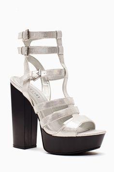 Amplify Platform Sandal