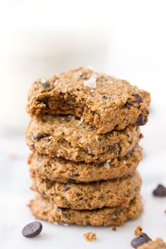 Healthy cashew quinoa cookies studded with dark chocolate chips and topped with flaked sea salt, are the ultimate sweet treat! No butter, eggs or flour!