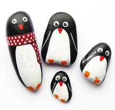 Pingüino pintado arte piedras rocas, familia 4 conjuntos de piedras de pingüino, arte de piedra, piedra de bolsillo, piedra del pulgar, Palma piedra, recuerdo de piedra