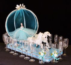Quinceanera toasting sets for the quinceanera party celebration.