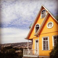 Orange house in Valparaiso Chile. I will have a orange house