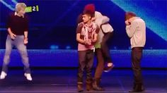 hey its been 5 years since louis jumped in harry's arms and he spun him around amazing i love being dead ::)))
