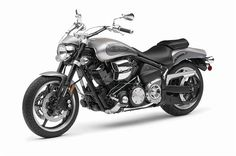 The 2009 MY Road Star Warrior is a great choice for those who loved the MT-01 but who are looking for a bit more cruiser DNA for their dream ride. The Warrior stays true to the philosophy which led to...