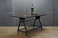 Machinists Industrial Cast Iron Table : 20th Century Vintage Industrial Modern50 Style