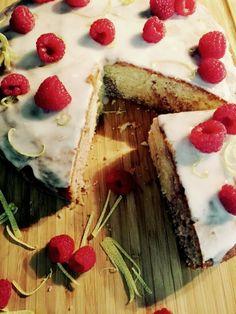 Himbeer-Zitronen Marmorkuchen, saftig und frisch. Leckerer Rührkuchen perfekt für den Sommer!