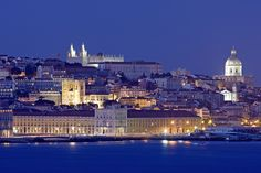 Lisbon by night by Fernando Peres Rodrigues on 500px