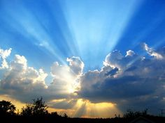 Jesus christ in heaven coming out of clouds with sun rays in sky free powerpoint templates ppt themes presentation backgrounds Presentation Themes and Graphics La Salette, Les Continents, Photoshop, Cristiano, Celestial, Spirituality, Stock Photos, World, Instagram