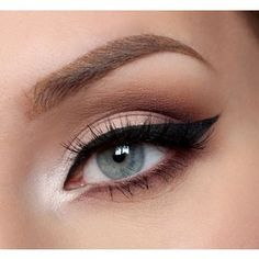 Winged Liquid Eyeliner Tutorial For Beginners