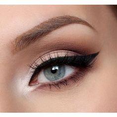 Winged Liquid Eyeliner Tutorial For Beginners
