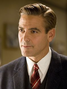 Classic Haircuts For Men : George Clooney Classic Mens Haircut, Classic Mens Hairstyles, Older Mens Hairstyles, 1940s Hairstyles, Hairstyles Haircuts, Haircuts For Men, Modern Mens Haircuts, Latest Hairstyles, George Clooney Haircut