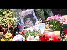 Ivetka Bartošova-Pohreb - YouTube Flower Aesthetic, Aesthetic Images, Flower Art Images, Visual Memory, Youtube I, Flower Tattoos, Image Sharing, Tattoo Images, Original Image
