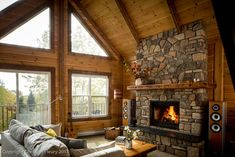 Most current Pics cabin Fireplace Ideas Thoughts Whether you reside in Aspen or California, there's no denying the comforting aftereffect of a cozy Cabin Fireplace, Rustic Fireplaces, Fireplace Ideas, How To Build A Log Cabin, Log Home Decorating, Log Cabin Homes, Log Cabin Living, Log Cabins, Cabin Interiors