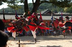 Martial artists perform at Suwon Haenggung Palace | by KOREA.NET - Official page of the Republic of Korea