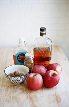 Crustless Apple Pie - A Beautiful Mess Gluten Free Treats, Gluten Free Cakes, Gluten Free Recipes, Granny Smith, Delicious Desserts, Dessert Recipes, Yummy Food, My Favorite Food, Favorite Recipes