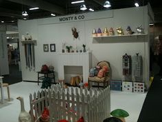 Monty & Co trade show booth