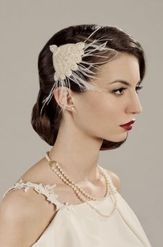 Retro bridal hairstyle with a deco headpiece