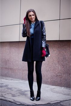 Preppy  Street Style, all black