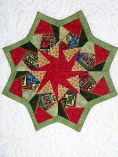 Quilted Table Toppers | Attic Window Quilt Shop: I LOVE THESE TABLE TOPPERS