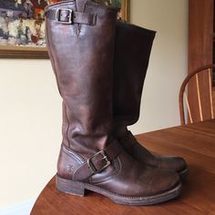 Frye Boot Dark Brown Leather Frye boot Frye Shoes Heeled Boots