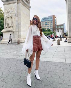 Chanel - Shop for Chanel on Wheretoget Look Fashion, Skirt Fashion, Autumn Fashion, Fashion Outfits, Cute Casual Outfits, Fall Outfits, Summer Outfits, Stylish Outfits, Booties Outfit