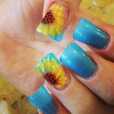 New pedicure designs sunflower blue nails 31 ideas Light Blue Nail Designs, Light Blue Nails, Green Nails, Design Light, Sunflower Nail Art, Sunflower Design, Spring Nails, Summer Nails, Pedicure Designs