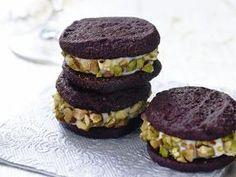 Chocolate Connoli Sandwich Cookies