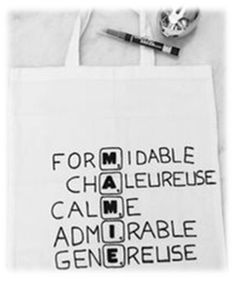 Cadeau pour mamy Homemade Gifts, Diy Gifts, Diy For Kids, Crafts For Kids, Diy Cadeau Noel, Scrabble, Diy Crafts To Sell, Tote Bag, Messages