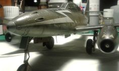 Nose and engine, left side. Made a mess of the gun access panels Me262, Tony B, Ww2 Aircraft, Rockets, Scale Models, World War, Planes, Fighter Jets, Engine