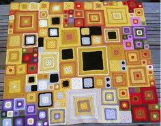 Fuente: http://dropbitchesnotstitches.tumblr.com/post/44096818048/fibrearts-klimt-blanket-by-harrysmum-on-ravelry
